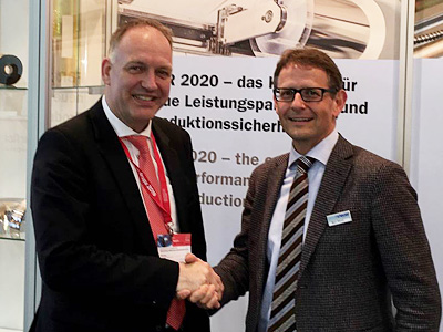 Frank Denninghoff, Managing Director of Gräfe Druck and Marc Steuer, Managing Director of spmsteuer at drupa 2016